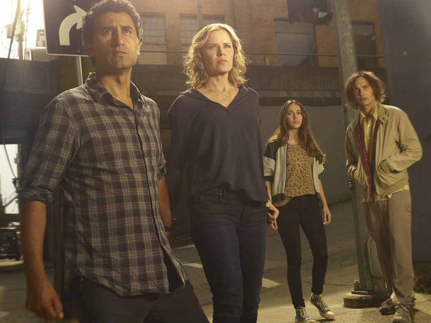 "The Clarks and Manawa face the unknown in ""Fear the Walking Dead."""