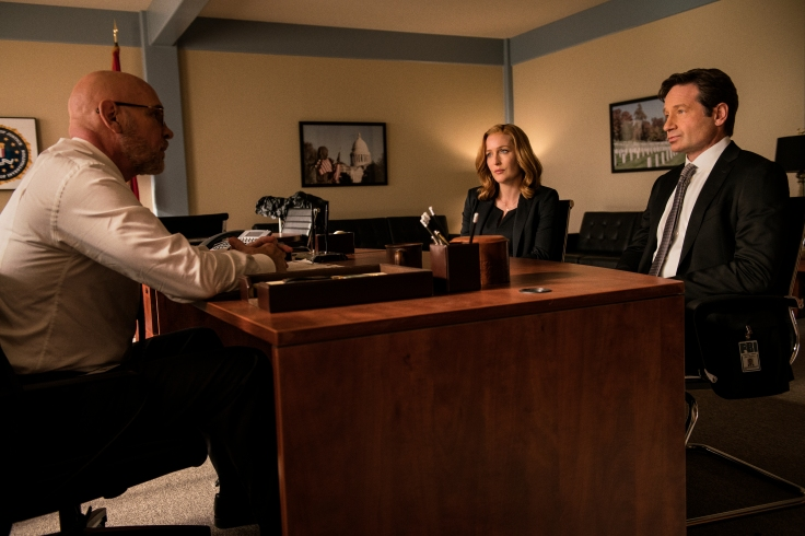 """THE X-FILES are back: L-R: Mitch Pileggi, Gillian Anderson and David Duchovny in the """"Founder's Mutation"""" that aired Monday, Jan. 25 on FOX. ©2016 Fox Broadcasting Co. Cr: Ed Araquel/FOX"""
